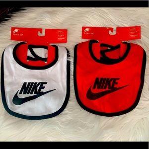Nike Baby Bibs 0-6 mos